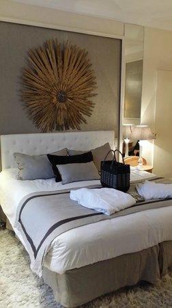 Best Western Grand Monarque: le lit