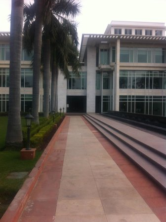 Jaypee Palace Hotel & Convention Centre Agra : Main building