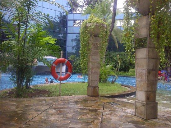 Gran Melia Jakarta : pool