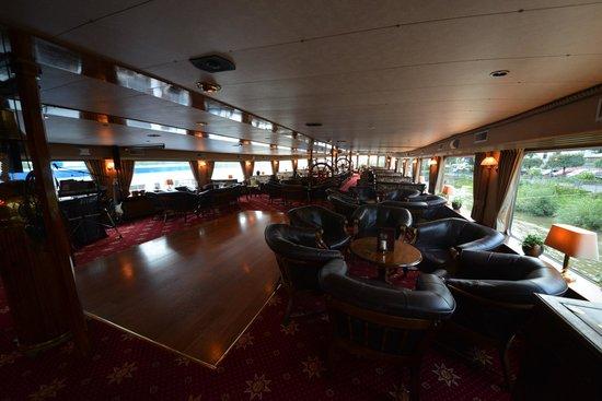 Rhein: Lady Anne Lounge/Bar/Dance Floor