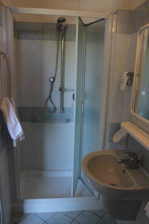 Albergo Ristorante Parco : bagno in camera