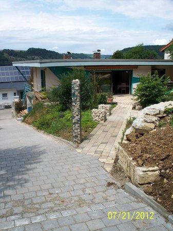 Pension Am Waldrand: Terrassenbereich