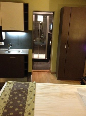 Opera Garden Hotel & Apartments: Room 305
