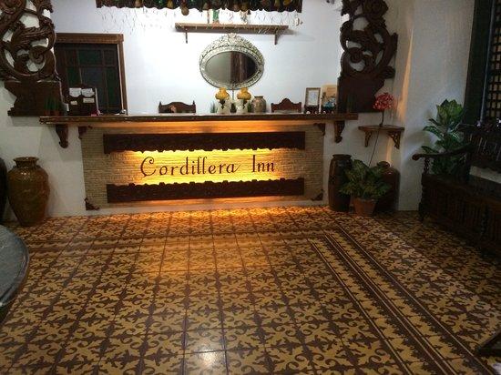 Cordillera Inn: Reception area