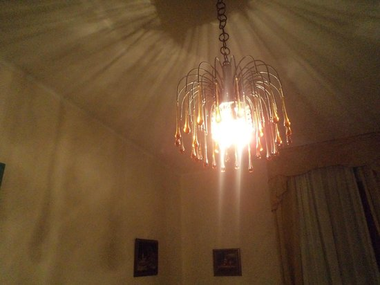 Villa Albertina: lampadario murano