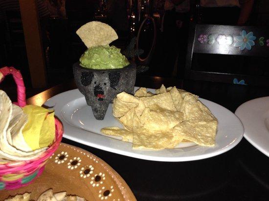 La Mexicana: Loved the Guacamole bowl.