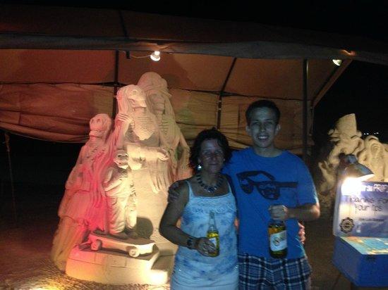 Quinta Avenida: Sandskulpturen Okt.13 abnds / beleuchtet (Tip erwünscht)