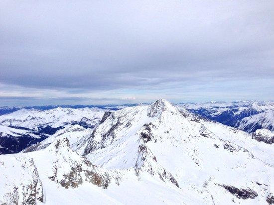 Hintertuxer Gletscher: View