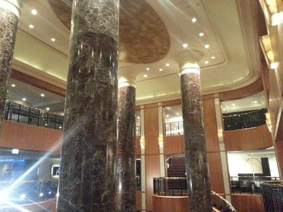 Sheraton on the Park, Sydney : hotel lobby
