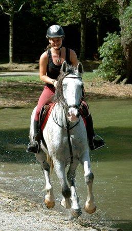 Quinta da Terca: Me and one of the horses in Sete Cidade