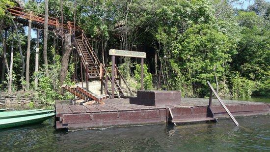 Juma Amazon Lodge: Причал