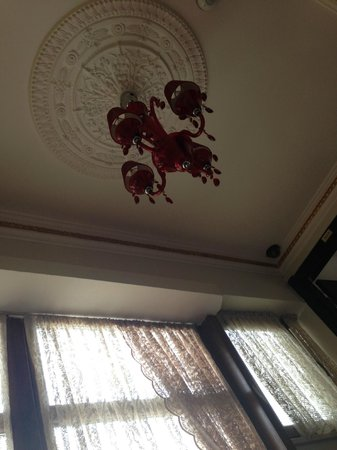 Kupeli Palace Hotel: Decoration and style is great !