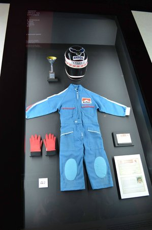 e625d87f20 3 years old Alonso s equipment - Picture of Fernando Alonso ...