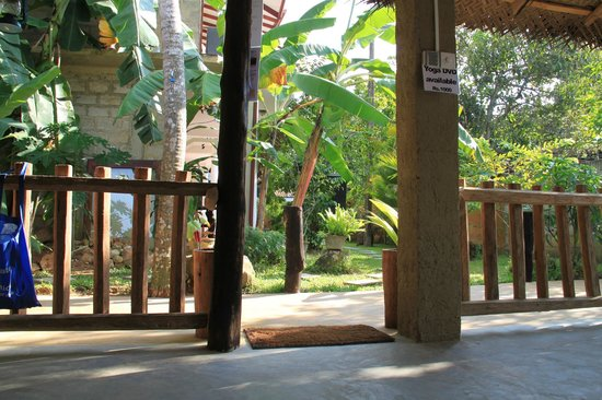 Ayurveda Lanka Spa: Yoga place with open nature environment.