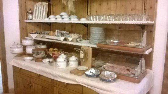 Hotel Garni La Maison Wellness & SPA: Colazione a buffet