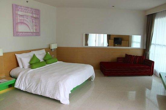 The KEE Resort & Spa: Bedroom (room No 1307)