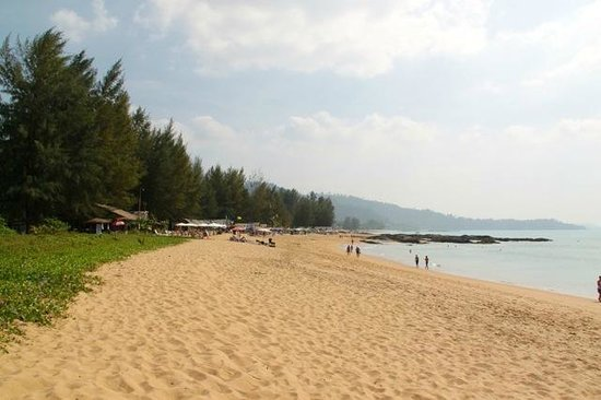 Ramada Khao Lak Resort: Beach