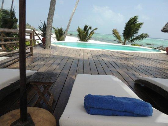 Green and Blue Ocean Lodge: área de uma das piscinas