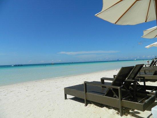 Jony's Beach Resort: пляж