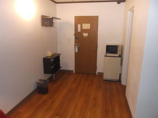 Motel 6 Geneva : Chambre 114 - Propre et spacieuse
