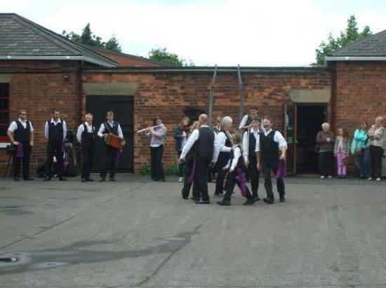 Museum of Lincolnshire Life: Morris Dancing