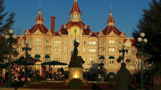 Disneyland Hotel : Beautiful Hotel!