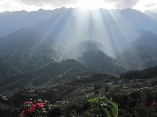 Sapa View Hotel : View of the valley from room 404