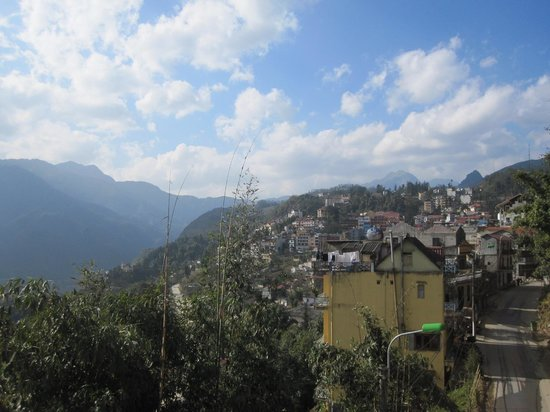 Sapa View Hotel: View of Sapa from room 404