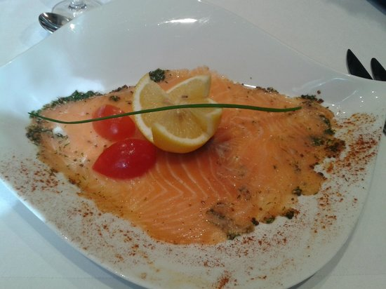 Restaurant des Girondins : Carpaccio de saumon