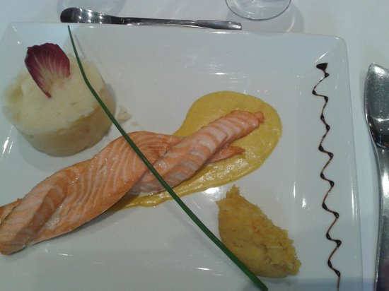 Restaurant des Girondins : Tresse de saumon
