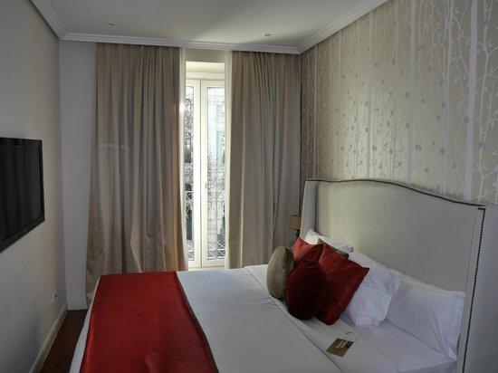 Luxury Suites: Вторая спальня