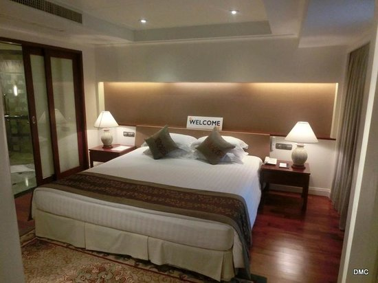 Royal Wing Suites & Spa: Very COMFY