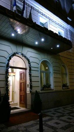 Hotel Saint George: Фасад