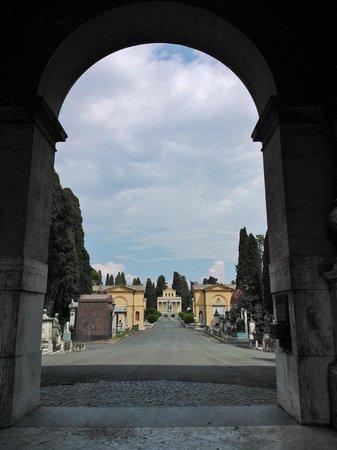 Cimitero Monumentale del Verano: vista dall'ingresso principale
