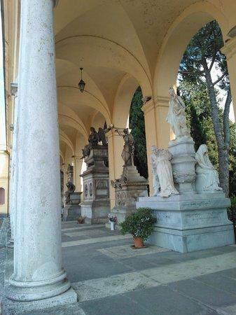 Cimitero Monumentale del Verano: quadriportico lato ovest