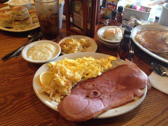 Cracker Barrel: Country Boy Breakfast!!