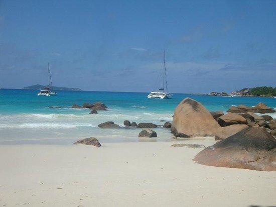 Coco Bay Villa: Anse Lazio beach