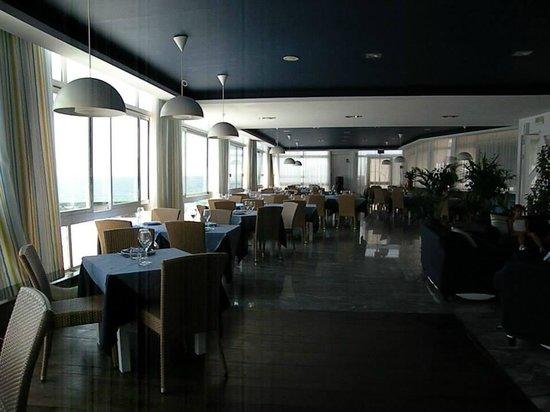la sala - Picture of Ristorante Pizzeria \'a Terrazza, Pozzuoli ...