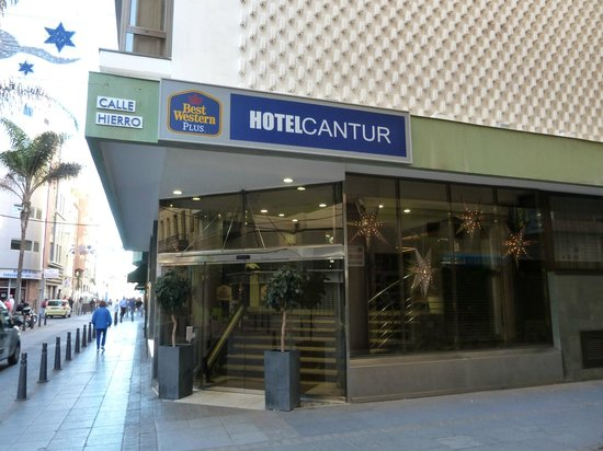Cantur City Hotel : Фасад (уголовой)