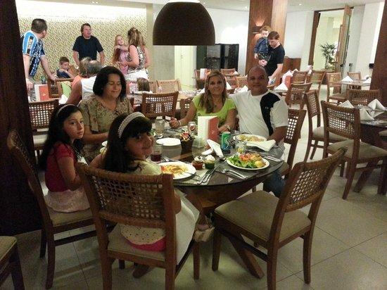 Wellness Beach Park Resort: Restaurante
