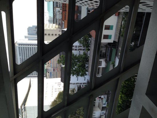 LiT BANGKOK Hotel : Вид ��
