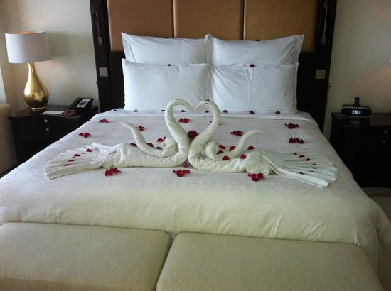 One&Only The Palm Dubai: the bed