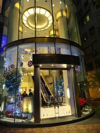 Metropark Hotel Causeway Bay Hong Kong: Entrance