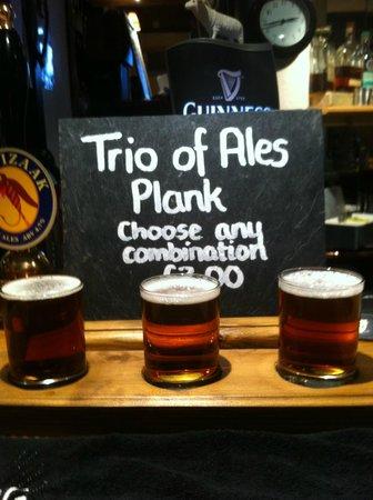 The Royal Oak Inn: Plank of Ales