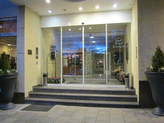 Hotel Koenigshof: Eingang