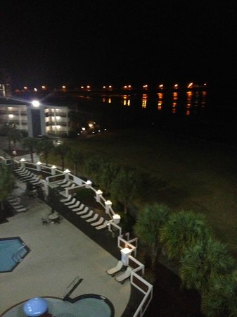 DoubleTree Resort by Hilton Myrtle Beach Oceanfront: View of Springmaid Pier from Palmetto Bldg.