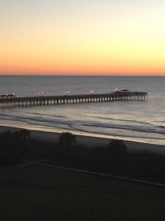 DoubleTree Resort by Hilton Myrtle Beach Oceanfront: Sunrise over the Pier from Palmetto Bldg