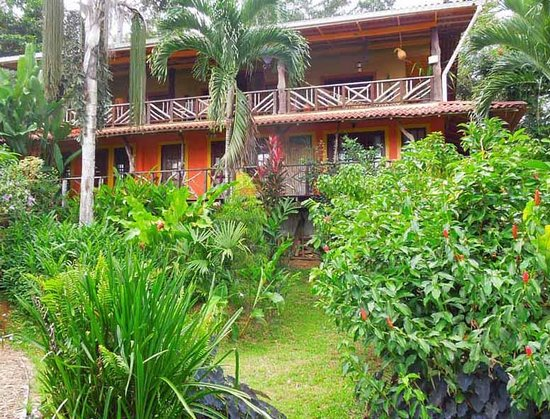 Dolphin Bay Hideaway: The lodge