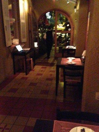 Constantino Cafe: Entrance