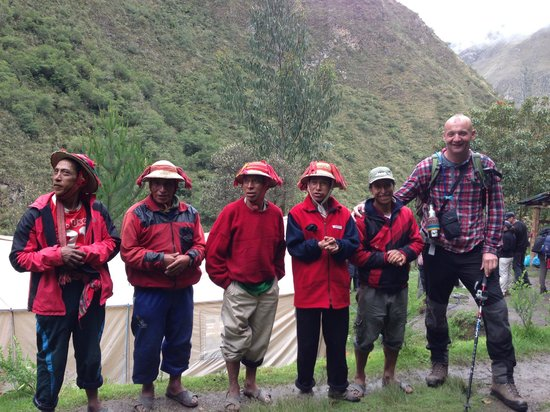 Apu Andino - Day Tours: Porters and Turista!